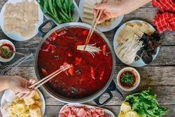 Gia đình 3 người mắc ung thư dạ dày chỉ vì món ăn quen thuộc nhiều người thích