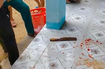 Cô giáo bất ngờ lấy dao lao vào đâm trọng thương đồng nghiệp ở Khánh Hòa