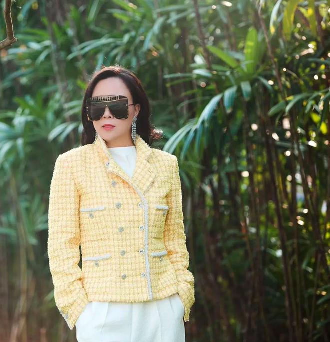 Chia tay Quách Ngọc Ngoan, gu thời trang Phượng Chanel lên hương-10