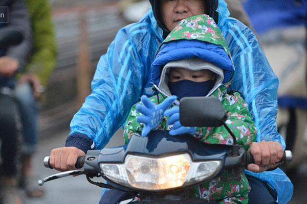 Đã rét đậm còn mưa, Hà Nội chỉ thiếu 1 độ C nữa thôi là học sinh được nghỉ-1