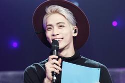 Fan Kpop trên toàn thế giới tưởng niệm 3 năm ngày mất Jonghyun – SHINee