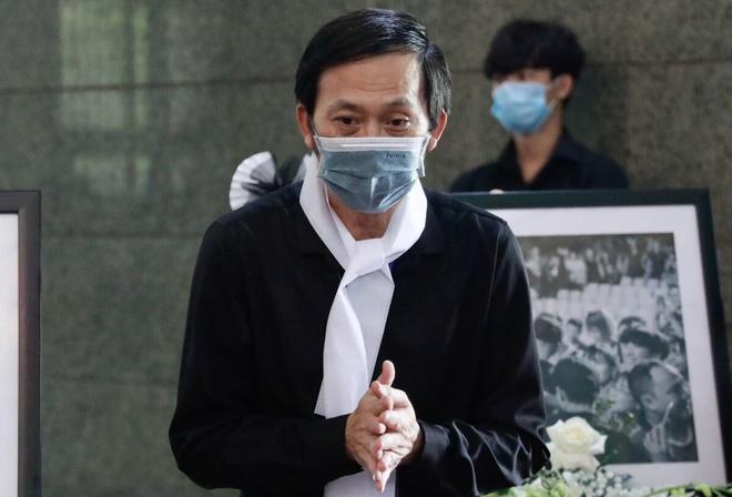 Thực hư Hoài Linh lâm bệnh trong lúc lo liệu tang lễ nghệ sĩ Chí Tài-2