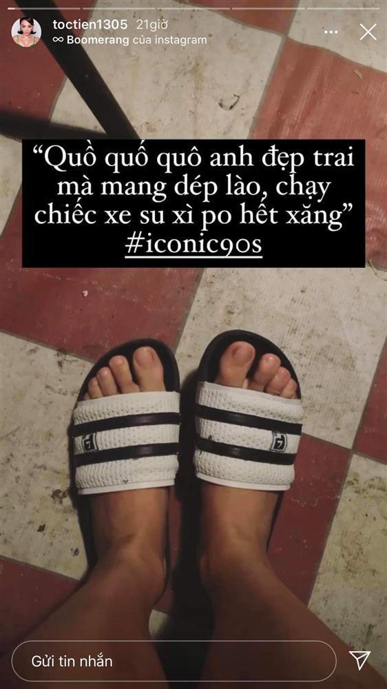Giày hiệu chất đống nhưng Tóc Tiên lại chuộng đi dép lê huyền thoại 35 nghìn-4