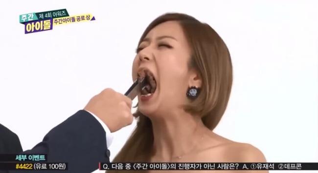JooE (MOMOLAND) - Tzuyu (TWICE) ăn thùng uống vại và loạt nữ thần kém duyên phát sợ-5