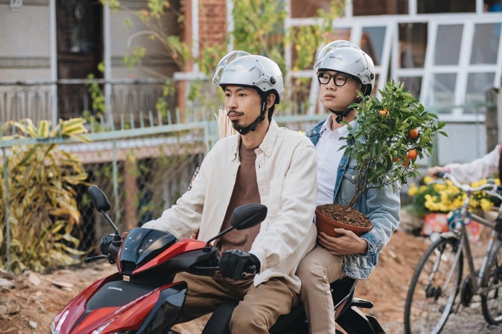 MV Đi Về Nhà của Đen Vâu và Justatee top 1 trending, chưa kịp ăn mừng đã bị fan Sơn Tùng cà khịa-3