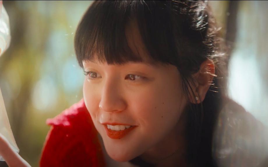 Nhan sắc đẹp không góc chết của nàng thơ khiến Sơn Tùng say mê trong MV mới-2