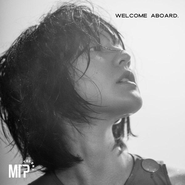 Nhan sắc đẹp không góc chết của nàng thơ khiến Sơn Tùng say mê trong MV mới-5