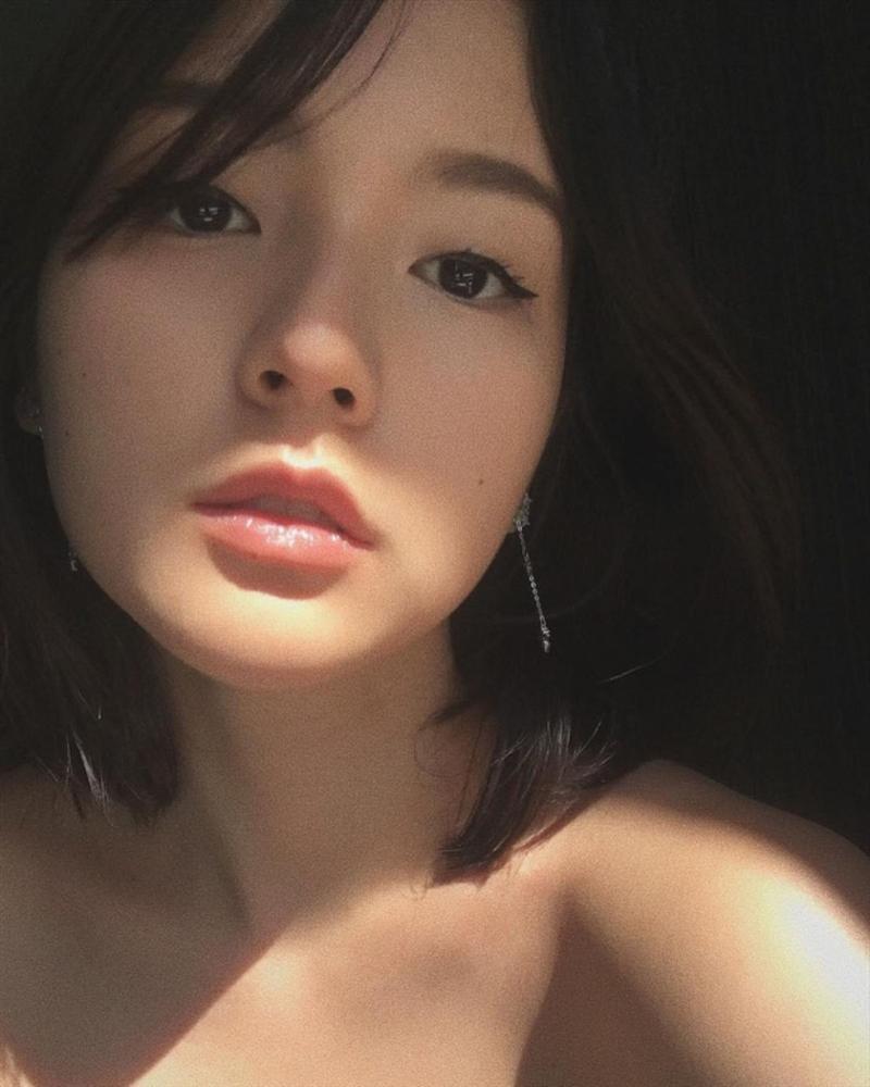 Nhan sắc đẹp không góc chết của nàng thơ khiến Sơn Tùng say mê trong MV mới-6