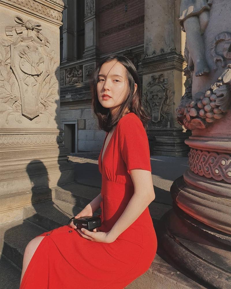 Nhan sắc đẹp không góc chết của nàng thơ khiến Sơn Tùng say mê trong MV mới-11