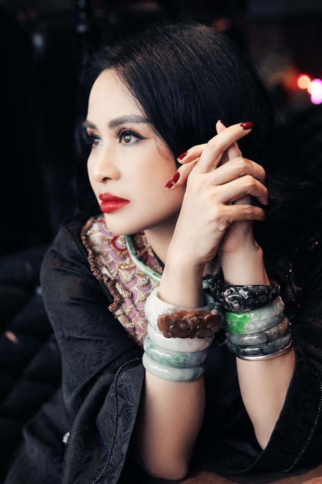 Diva Thanh Lam phản ứng gắt khi bị chê phụ kiện kém sang-8
