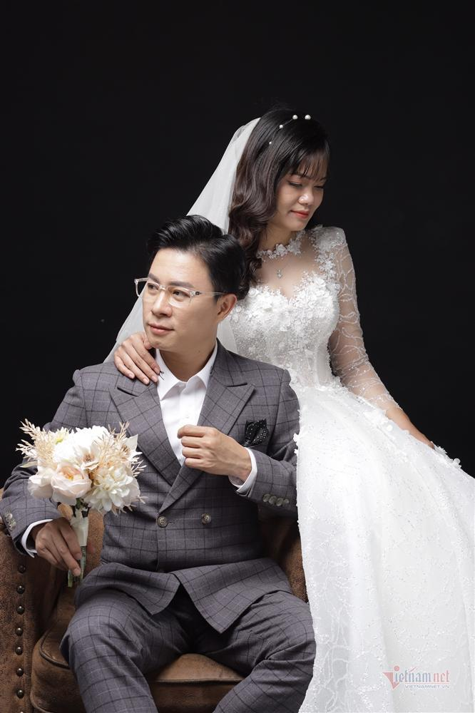 MC Lê Anh bất ngờ làm đám cưới với thạc sĩ du lịch kém 10 tuổi-4