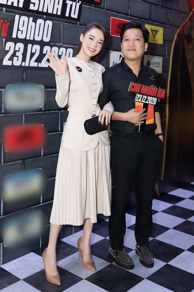 Cùng đến dự ra mắt phim Chị Mười Ba, Nam Em suýt chạm mặt Trường Giang - Nhã Phương-3