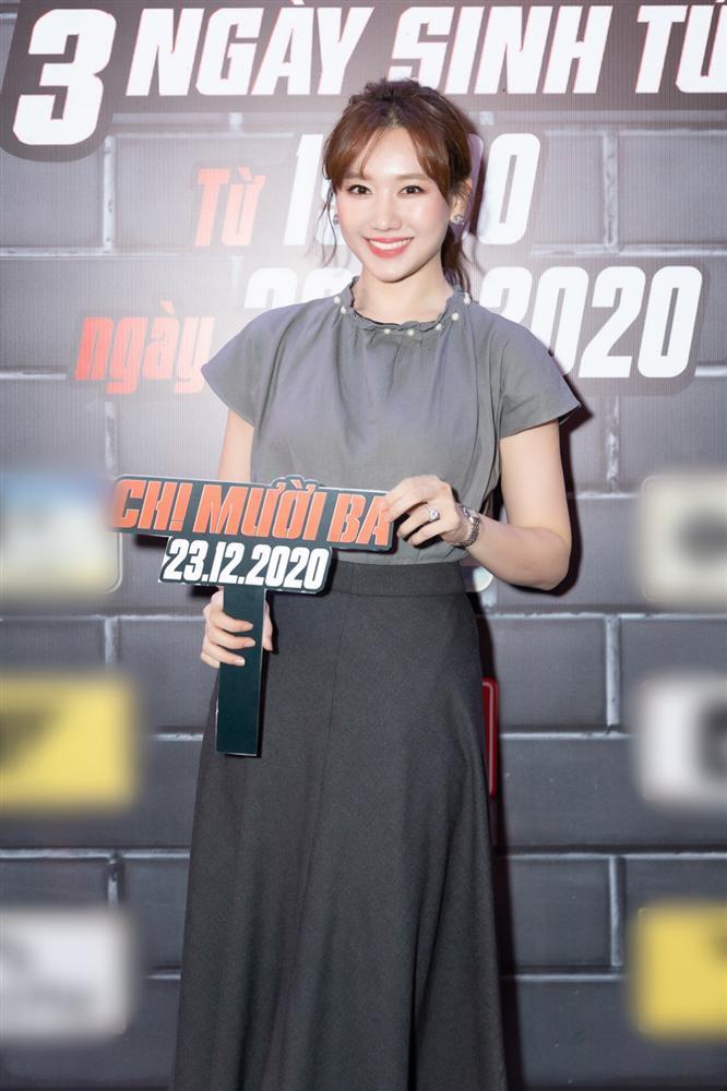 Cùng đến dự ra mắt phim Chị Mười Ba, Nam Em suýt chạm mặt Trường Giang - Nhã Phương-5