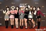 BTS, TWICE và dàn sao Kpop đeo khẩu trang dự thảm đỏ