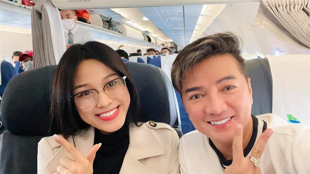 Hoa hậu Đỗ Thị Hà gặp Đàm Vĩnh Hưng: Gọi anh hay chú cho phải phép?-1