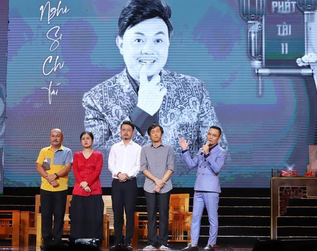 Hoài Linh gặp Xuân Hinh sau sự ra đi của Chí Tài: Xót xa 2 hình ảnh đối lập-3