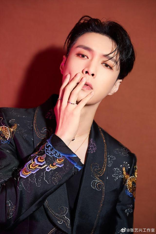 23 nam idols đẹp nhất thế giới: Jungkook nhường lại ngôi vương, tân binh vượt luôn Jin BTS-5