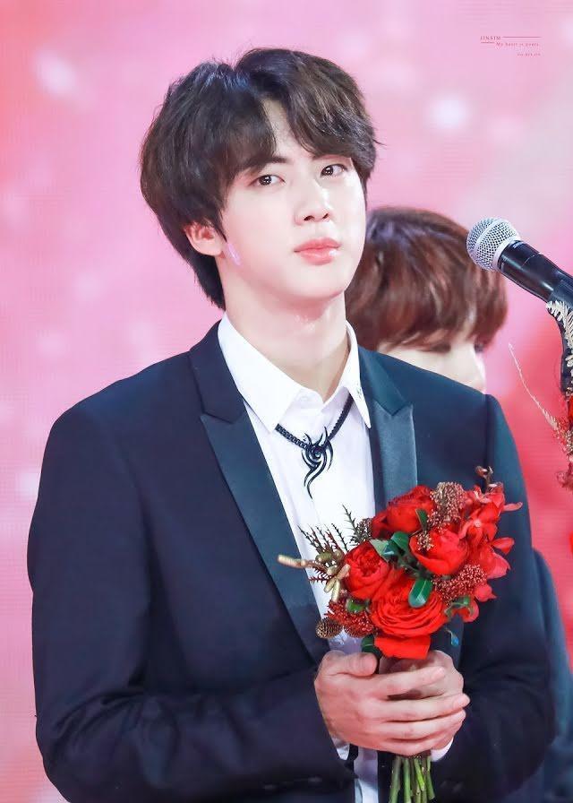 23 nam idols đẹp nhất thế giới: Jungkook nhường lại ngôi vương, tân binh vượt luôn Jin BTS-13