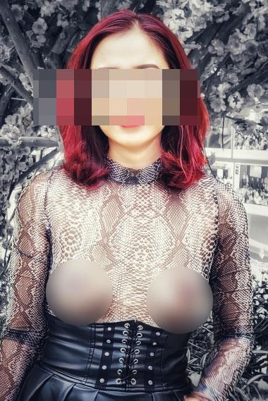 Người phụ nữ ngực trần lại gây xôn xao khi mặc áo xuyên thấu đi khắp Sài Gòn-6