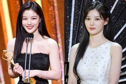 'Sao nhí xinh nhất xứ Hàn' Kim Yoo Jung gây choáng ngợp với vẻ đẹp tự nhiên