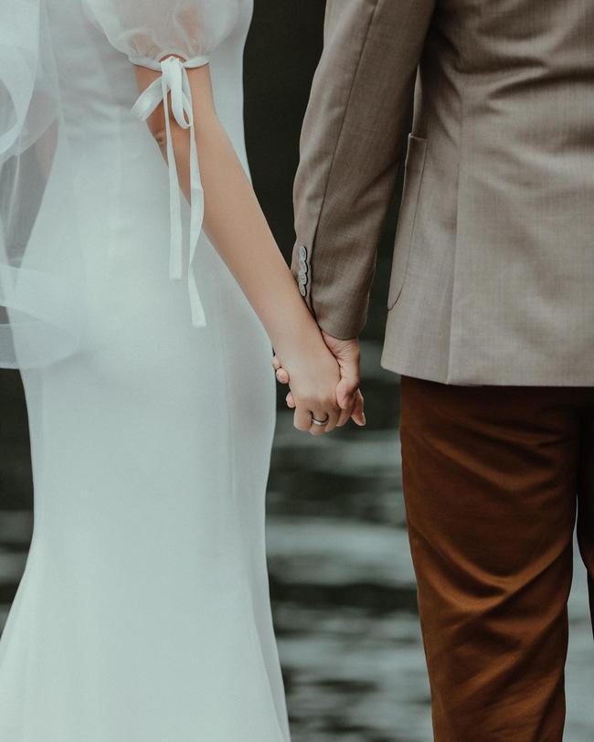 Ảnh cưới nét căng Phan Thành - Xuân Thảo, bất ngờ ngoại hình cô dâu-2