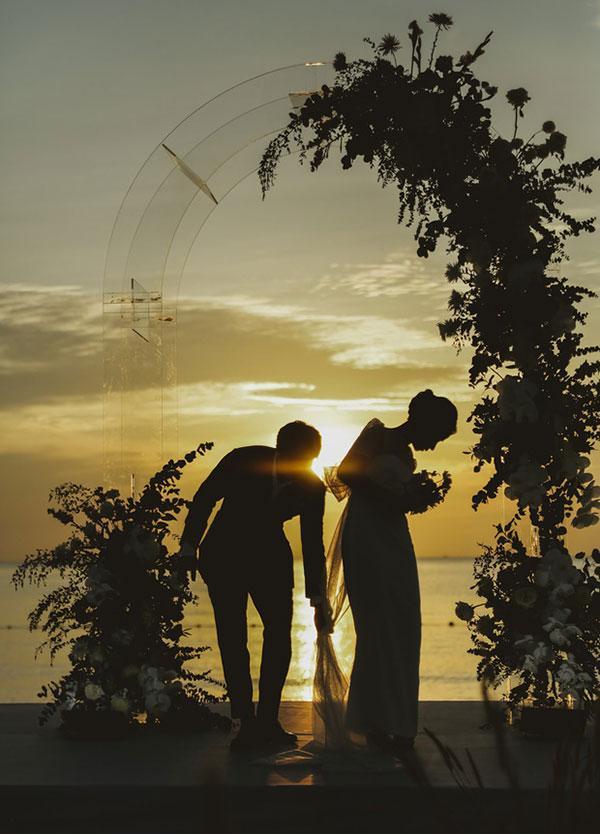 Đầu 2021, Công Phượng mở bát lộ loạt ảnh đẹp long lanh với Viên Minh sau 3 siêu đám cưới-3