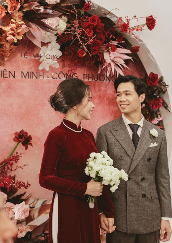 Đầu 2021, Công Phượng mở bát lộ loạt ảnh đẹp long lanh với Viên Minh sau 3 siêu đám cưới-8