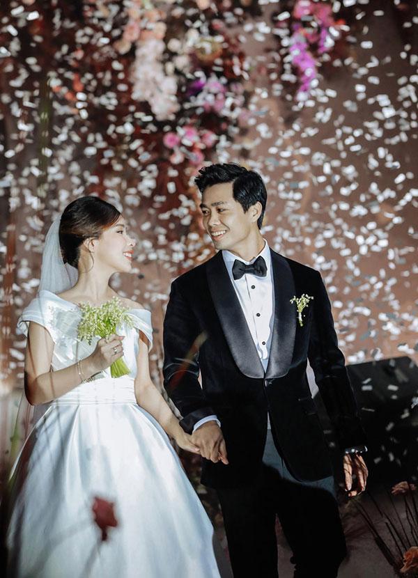 Đầu 2021, Công Phượng mở bát lộ loạt ảnh đẹp long lanh với Viên Minh sau 3 siêu đám cưới-10