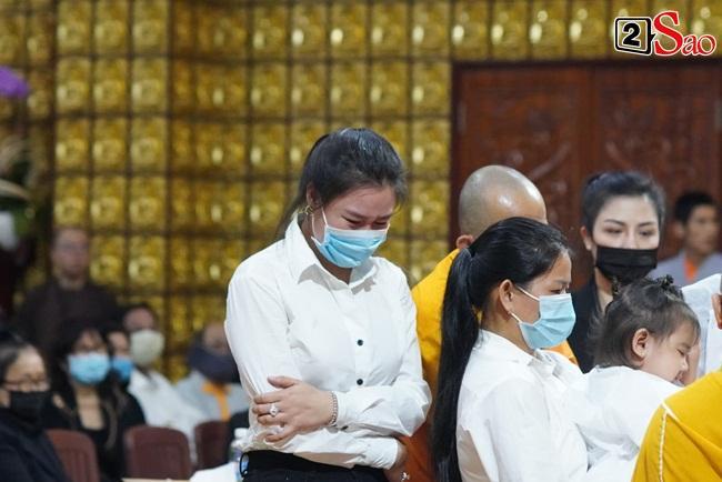 Xót xa cảnh vợ cũ - vợ mới cùng 3 con chịu tang Vân Quang Long-6