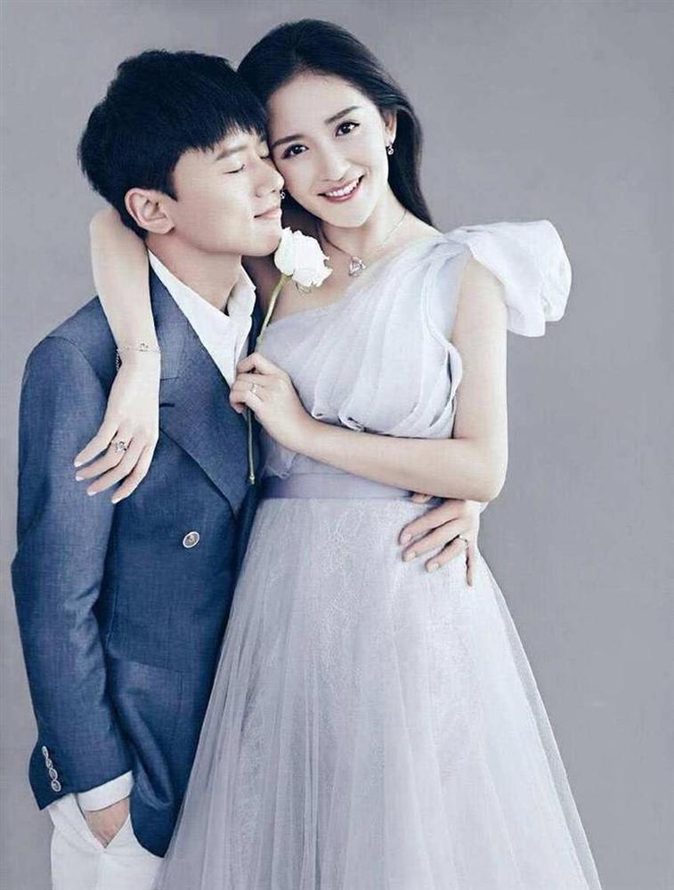 MC Tạ Na và hoa hậu Trương Tử Lâm cùng thông báo mang thai-4