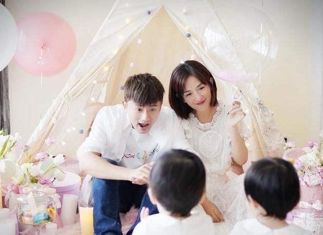 MC Tạ Na và hoa hậu Trương Tử Lâm cùng thông báo mang thai-5