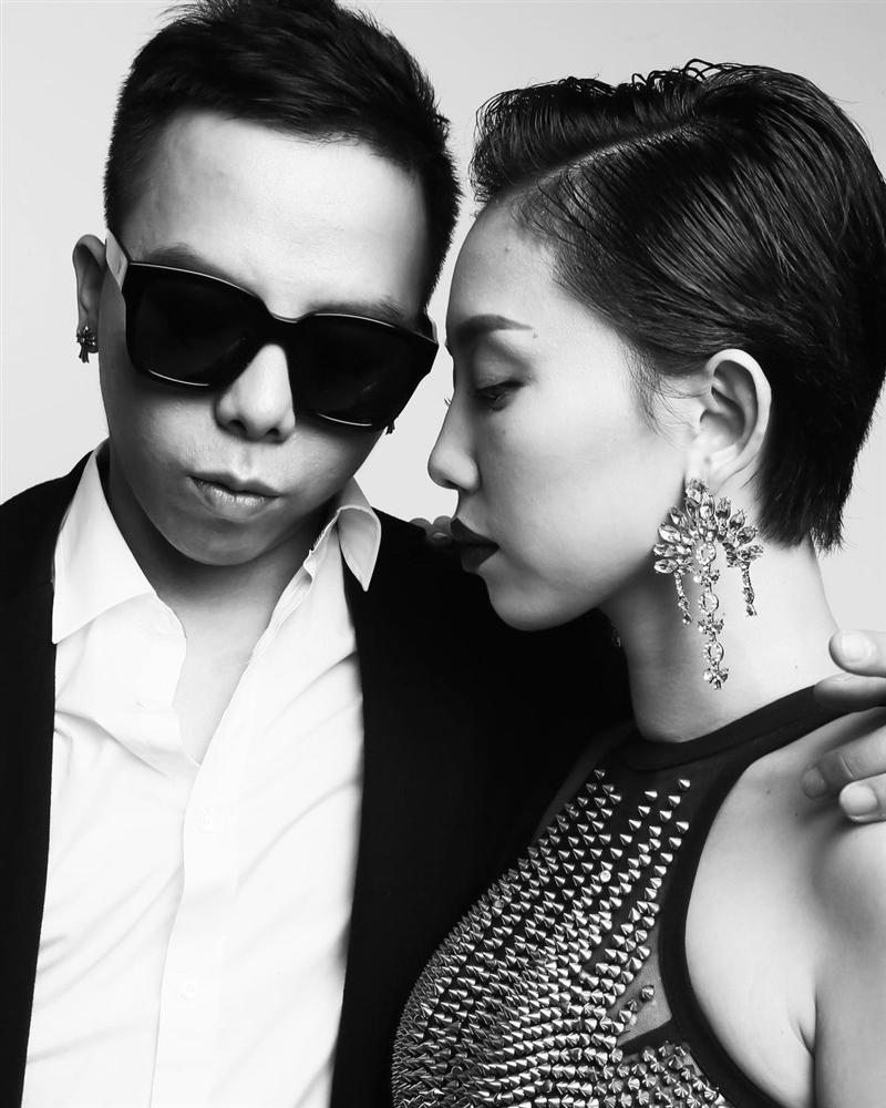 Tóc Tiên không đeo nhẫn cưới với Hoàng Touliver-6