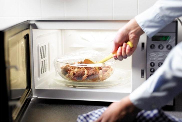 Mẹo hâm nóng thức ăn mà không bị mất chất, liệu bạn đã biết?-1