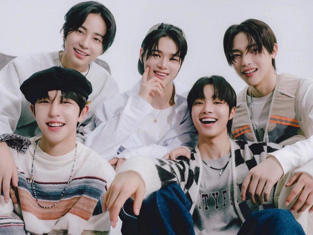 Netizens choảng nhau cực gắt khi Big Hit tập hợp thí sinh I-Land bị loại cho boygroup mới 2021-2