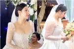 Bà xã Bùi Tiến Dũng lộ nhan sắc thật trong ngày cưới, khác xa ảnh sống ảo trên 'phây'