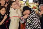Vợ Châu Kiệt Luân lộ vòng 2 lớn, mang thai lần 3?