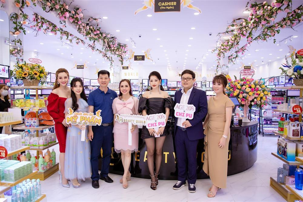 Chi Pu lộng lẫy dự khai trương chi nhánh mới AB Beauty World-1