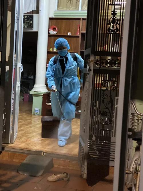 NÓNG: 1 du học sinh dương tính Covid-19 sau khi hết cách ly ở Quảng Ninh-1
