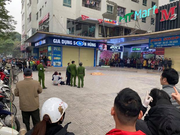 Hà Nội: Người đàn ông rơi từ tầng 15 chung cư HH Linh Đàm tử vong, người thân đau đớn khóc ngất-5