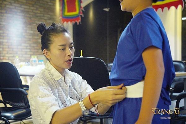 Bạn thân tiết lộ Ngô Thanh Vân sụt cân, mắt lồi như 2 con ốc nhồi vì Trạng Tí bị tẩy chay-1