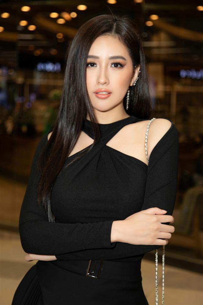 Nửa showbiz đến xem Ngô Kiến Huy giả gái: Mai Phương Thúy đẹp lấn át Hoa hậu Việt Nam-3