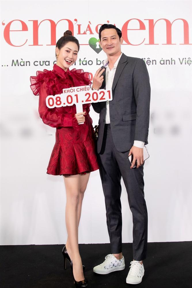 Nửa showbiz đến xem Ngô Kiến Huy giả gái: Mai Phương Thúy đẹp lấn át Hoa hậu Việt Nam-19