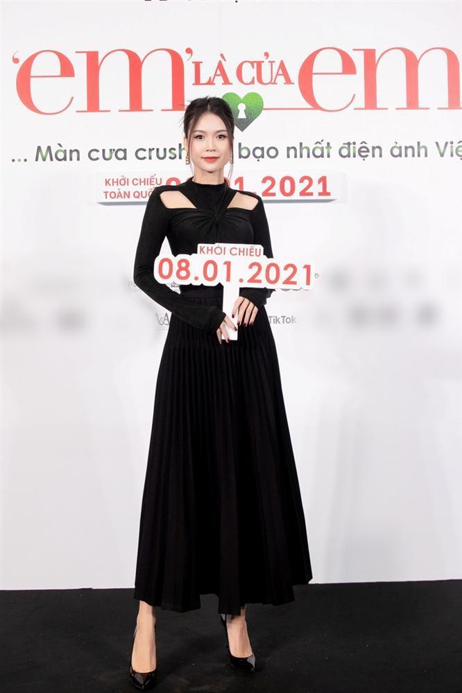 Nửa showbiz đến xem Ngô Kiến Huy giả gái: Mai Phương Thúy đẹp lấn át Hoa hậu Việt Nam-20