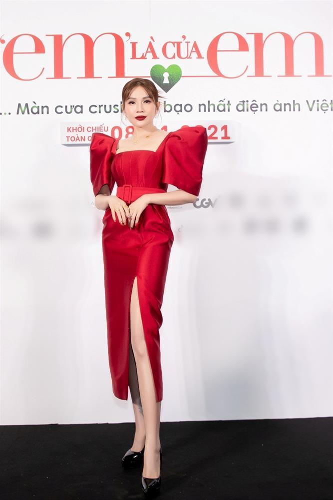 Nửa showbiz đến xem Ngô Kiến Huy giả gái: Mai Phương Thúy đẹp lấn át Hoa hậu Việt Nam-10
