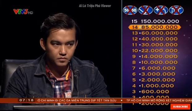 Chàng trai chơi lớn quyết ăn đủ 15 câu hỏi Ai là triệu phú, chớp mắt mất 63 triệu-1