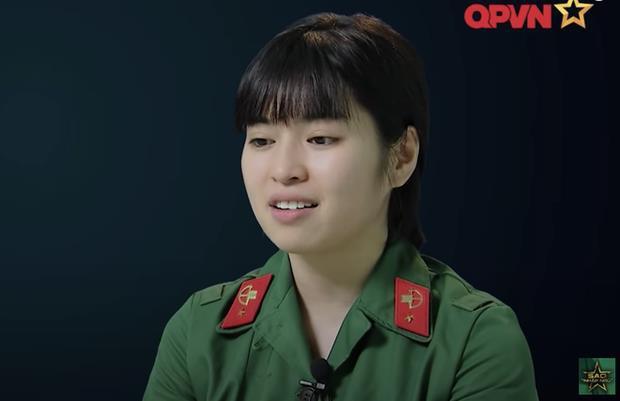 Khánh Vân đăng 7749 story tương tác, fan thêm cưng còn antifan thêm... ghét-9
