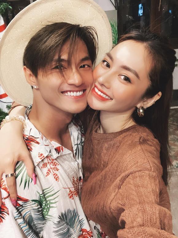 Đi du lịch cùng Lâm Vinh Hải, Linh Chi khoe dáng gợi cảm nhưng bị lộ vùng nách nhăn nheo-4