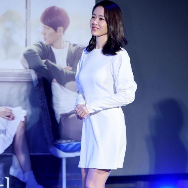 Hyun Bin nói về Son Ye Jin: Lần đầu gặp đã bị sự tinh tế của cô ấy chinh phục-10