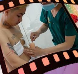 Người đàn ông Việt Nam đầu tiên sinh con công khai ảnh phẫu thuật cắt ngực-1