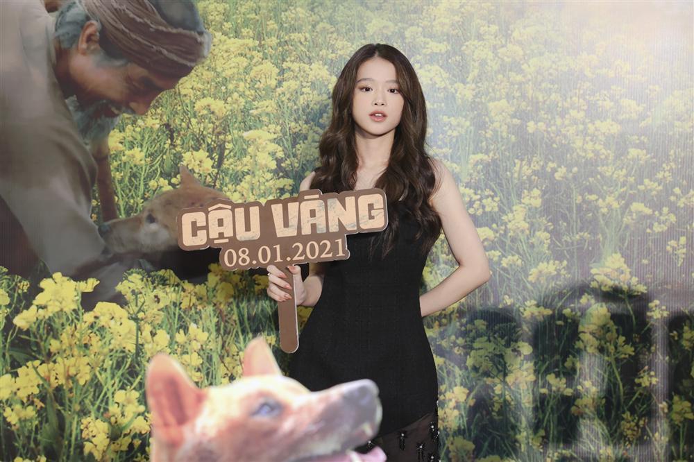 Vợ chồng Tăng Thanh Hà cùng gia đình đại náo thảm đỏ ra mắt phim Cậu Vàng-20